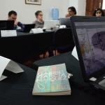 Los becarios en una de las sesiones con los Maestros- directores. Álvaro Delgado /Archivo FNPI