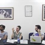 De izquierda a derecha: Ángel Unfried (Colombia), Elizabeth Méndez (Canadá) y Alejandro Convers (Colombia) sesión de la Beca GGM de Periodismo Cultural.